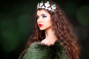 http://www.dreamstime.com/royalty-free-stock-photography-beautiful-woman-luxury-portrait-long-hair-fur-coat-jewe-jewelry-beauty-fashion-art-photo-image31893387