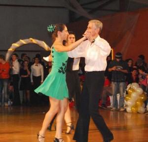 07_11_10_Voluntari_Hobbydance_chacha_Elena_Maruta_Pompiliu_Constantin