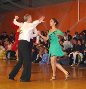 07_11_10_Voluntari_Hobbydance_samba_Elena_Maruta_Pompiliu_Constantin