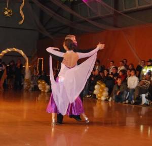 07_11_10_Voluntari_Hobbydance_seniori_quickstep_Elena_Maruta_Pompiliu_Constantin