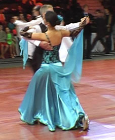 08_03_16_Bucuresti_Dance_Masters_vals_lent1_Elena_Maruta_Pompiliu_Constantin