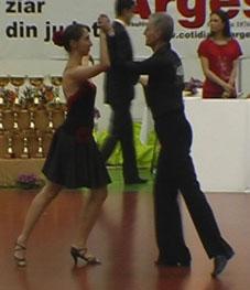 08_05_09_Pitesti_Dansul_Florilor_samba_Elena_Maruta_Pompiliu_Constantin
