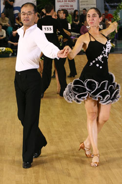 09_11_07_Cluj_Campionat_clase_chacha_Elena_Maruta_Yoshihiro_Katayama