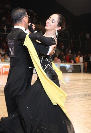 12_04_01_DanceMasters_quickstep_Yoshihiro_Katayama_Elena_Maruta
