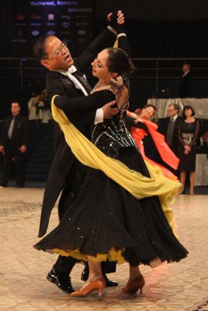12_04_01_DanceMasters_vals_lent_Yoshihiro_Katayama_Elena_Maruta